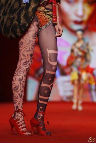 Vivienne hongkong fashionweek@nimg.sulekha
