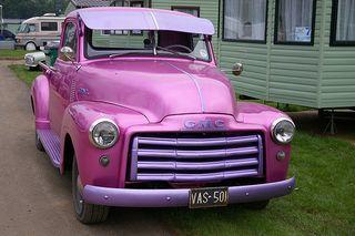 Truck pink@flickr