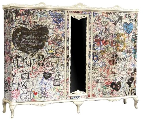 Graffiti-armoire-furniture-vintage-bohocircus