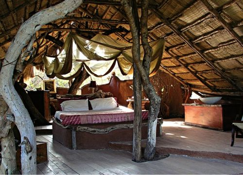 Dream-space-treehouse-kenya-bohocircus