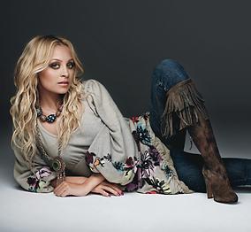 Nicole-richie-glamour-bohocircus