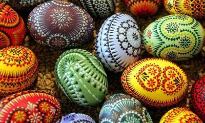 Easter-eggs-bohemian-bohocircus