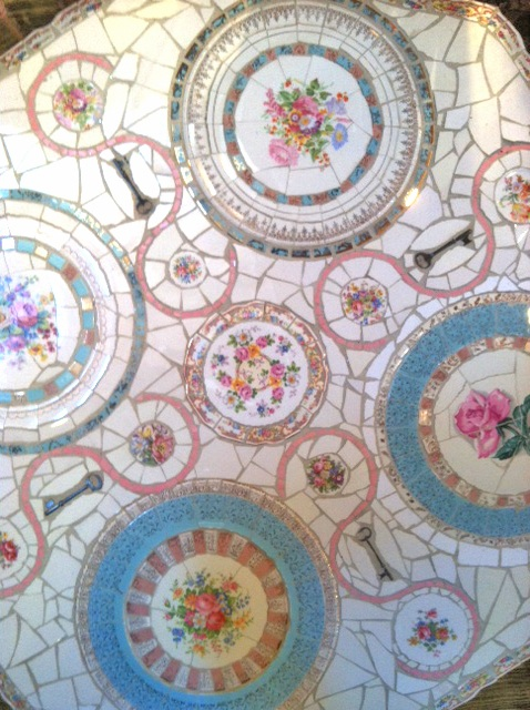 China-mosaic-table-brenda-mason-bohocircus