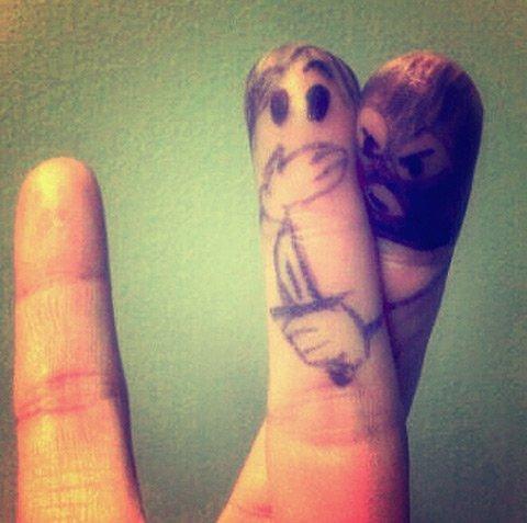 Homicidal-finger-bohocircus