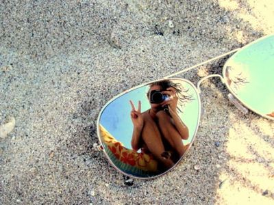 Summer-sunglasses-sand-bohocircus