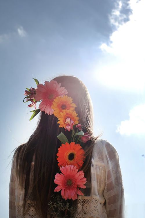 Flowers in her hair bohocircus